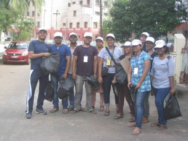 Team Bakul on Post Diwali Clean Up Drive
