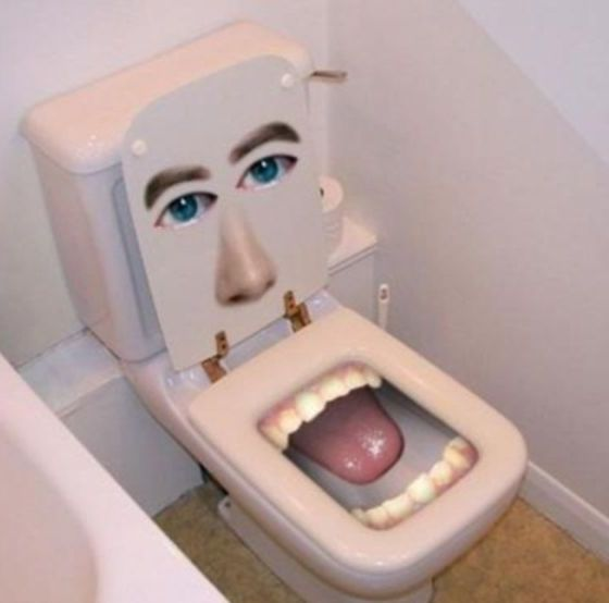 Happy-toilet-seat